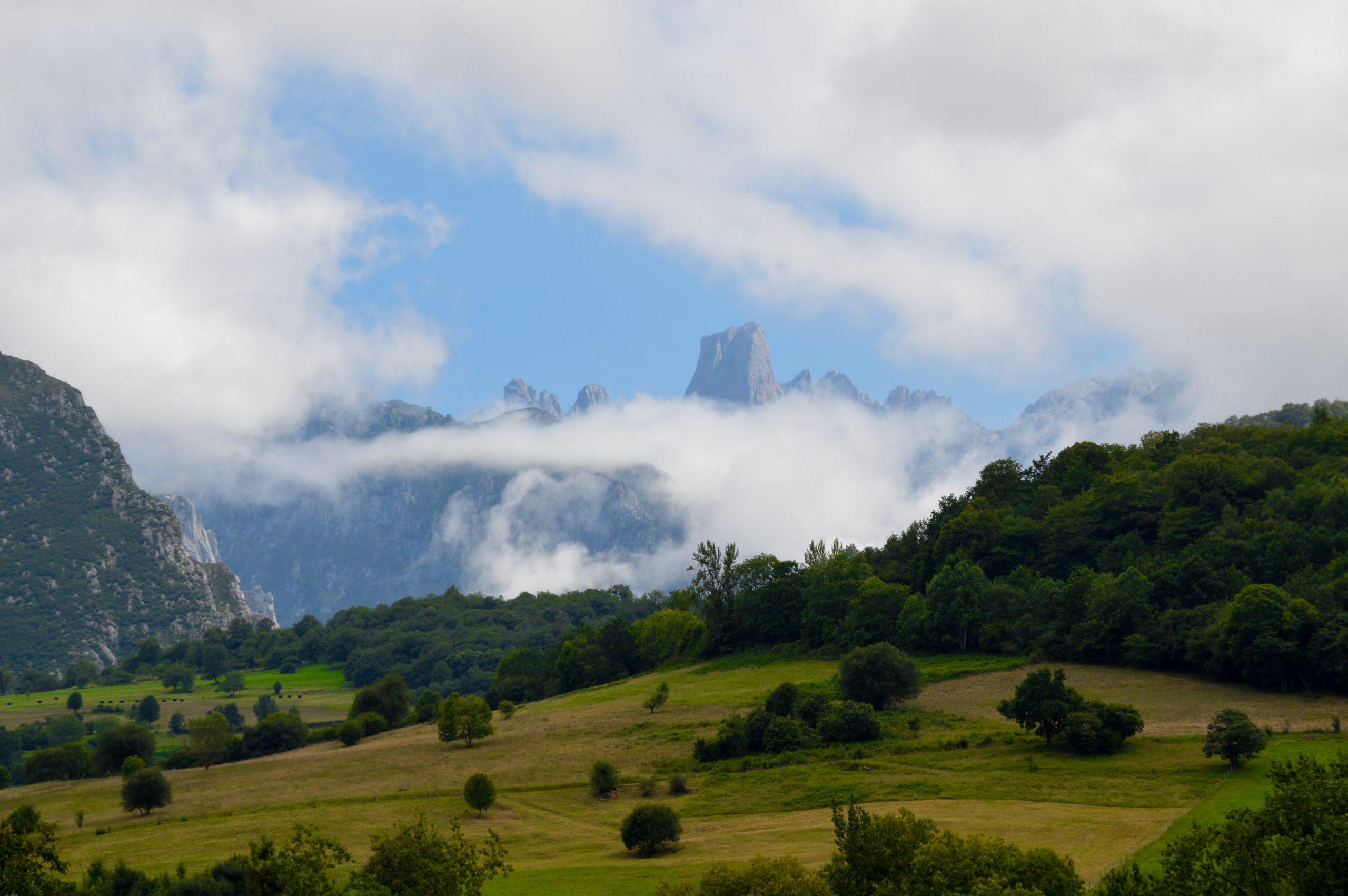 Mirador del Naranjo de Bulnes que ver en Asturias (2)