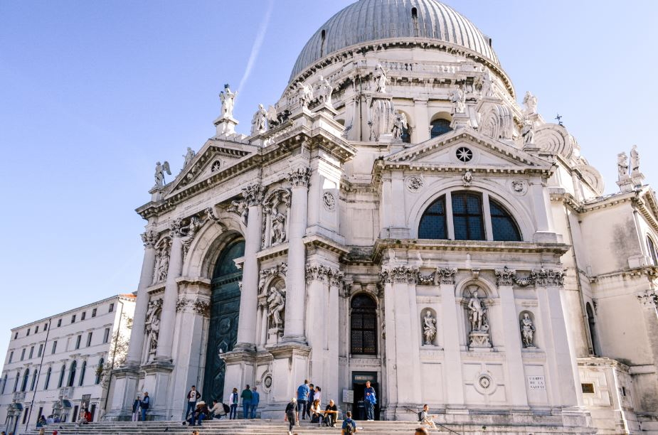 Santa Maria de la Salut Venecia que ver