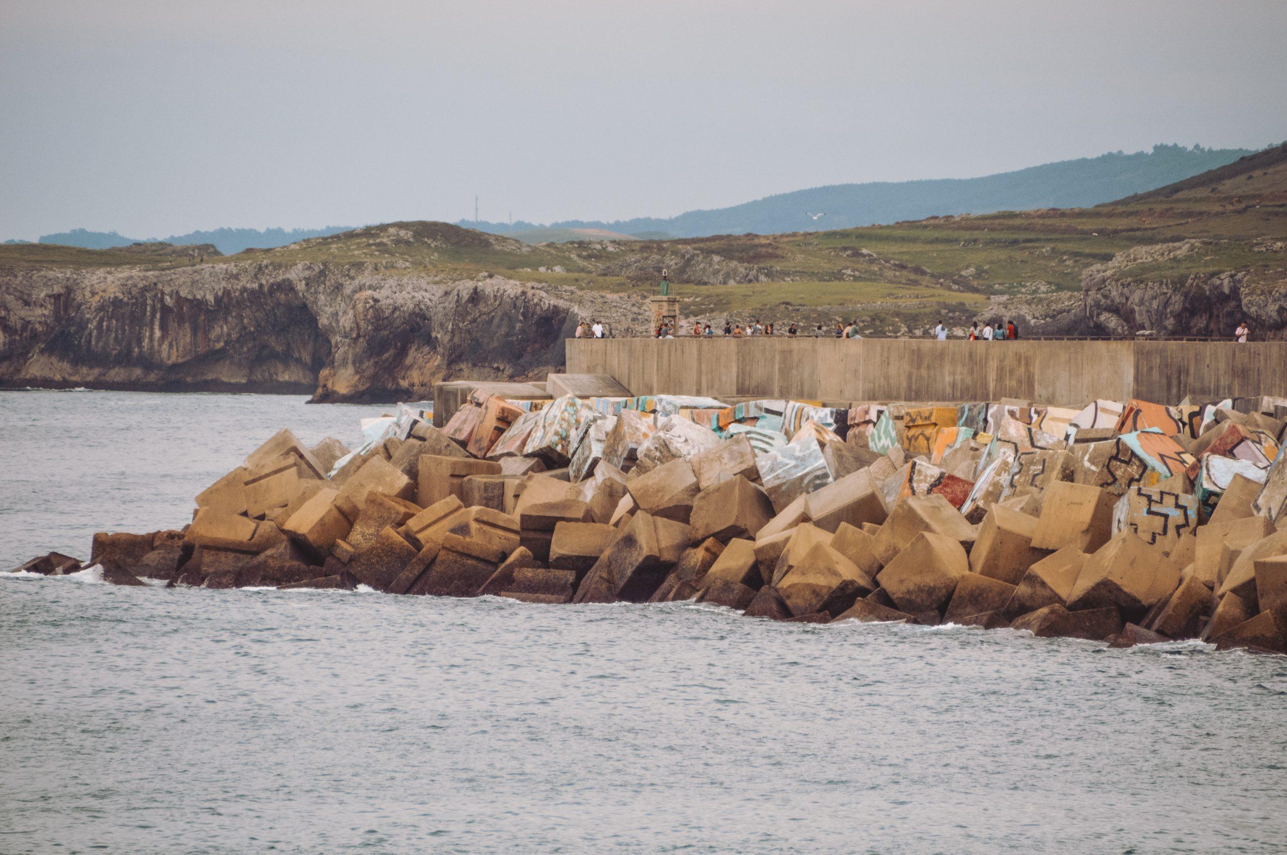 Playa de los cubos de Llanes que ver en Asturias