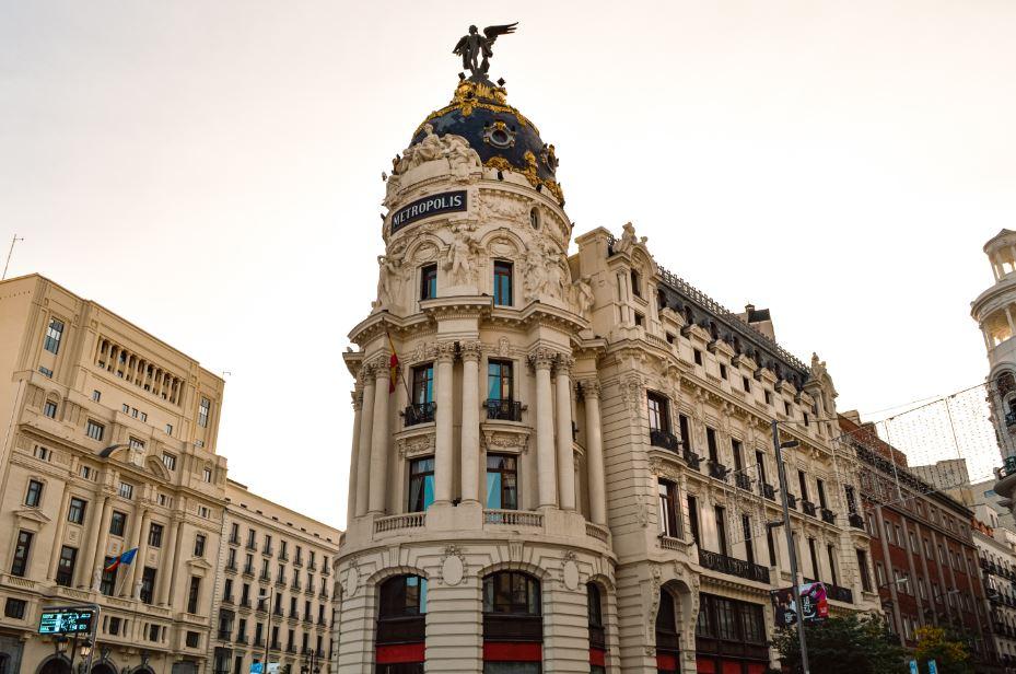 Edificio Metrópolis que ver en Madrid II